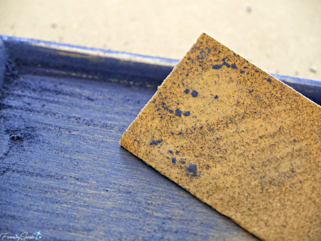 Poor quality sandpaper results in lost grit and clogging. @FanningSparks