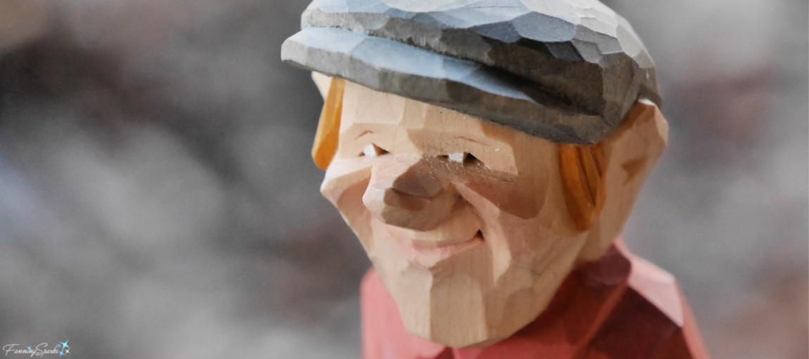 Closeup of Flat-Plane Carved Figure by Harley Refsal. @FanningSparks
